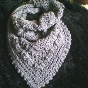 VINTAGE LACE COWL....one size...doubles as a shawl